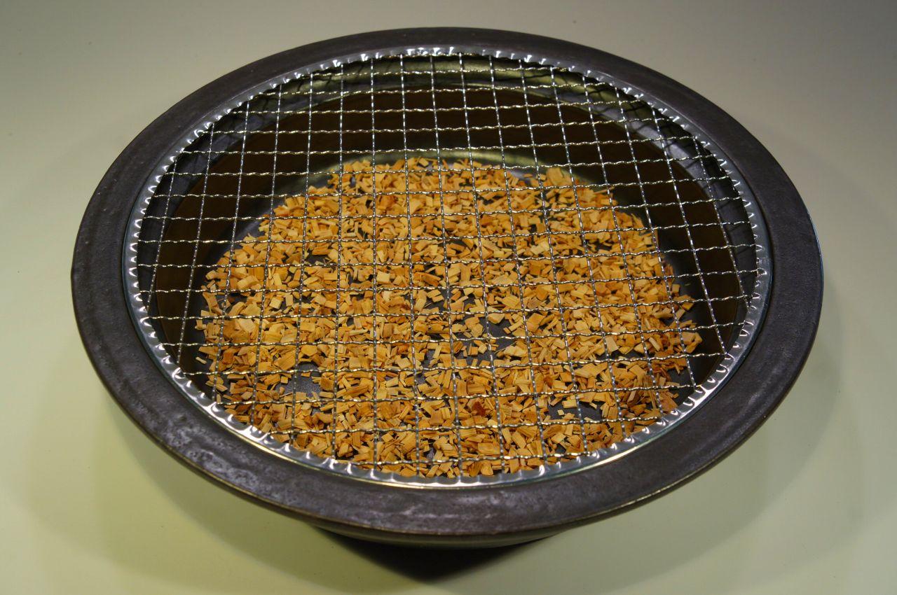 画像4: 陶器の燻製も出来るパーティ鍋(4人用)