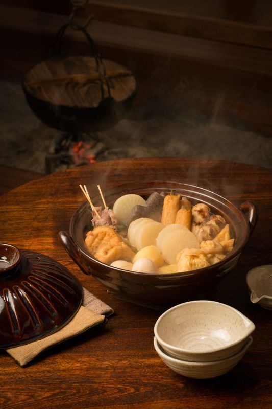 画像2: 【送料無料】しのぎ 8号手造り土鍋(3人用)